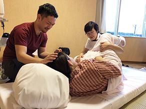 楽な姿勢での出産