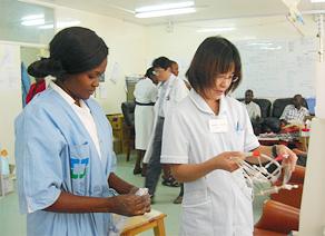ザンビアへの透析支援活動