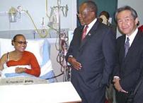 スワジーランド,フラティクール病院,透析センターにてスワジーランドDiamini首相、小林院長代行