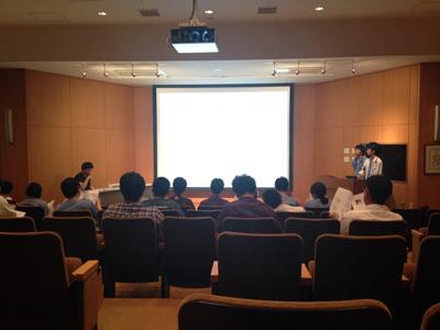 鈴木先生と黒田先生のプレゼンテーション